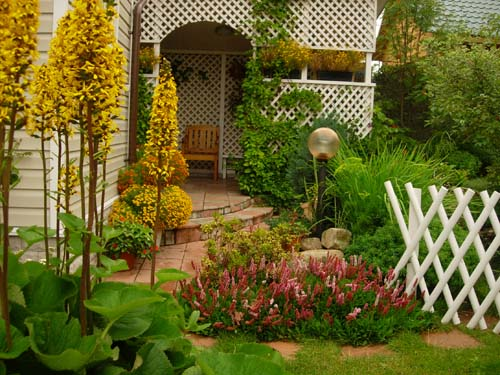 Обустройство сад своими руками